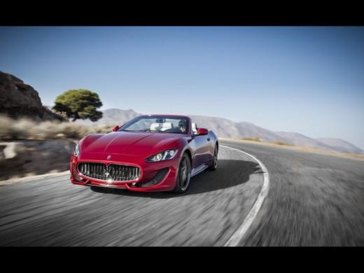 2013 Maserati GranCabrio Sport Motion Front wallpapers