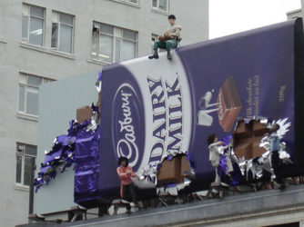 25 Impressive Chocolate Advertisement Ideas
